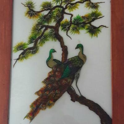 ציור על זכוכית טווסים